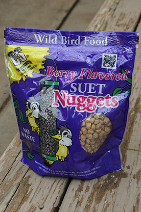 C&S Berry Flavored Suet Nuggets